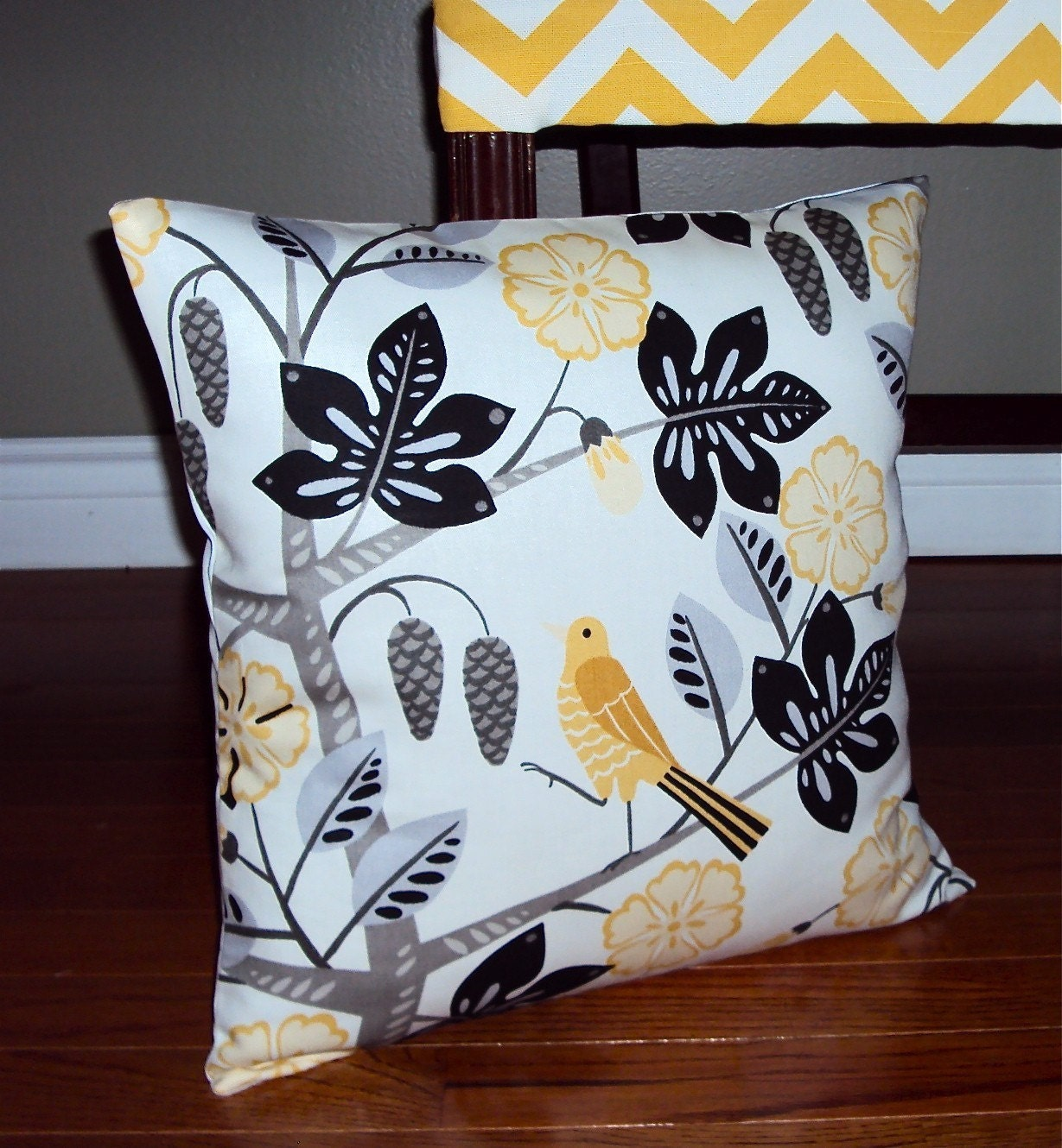 FREE SHIPPING Waverly Small Talk Bird Print Fabric Pillow Cover