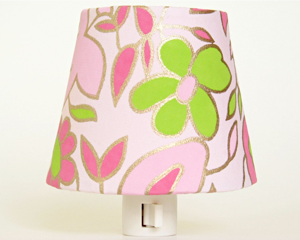 Baby Girl Night Light - Pink Nursery Decor - Little Girls Room - Pink and Green Flower Nursery Nightlight -  Decorative Lighting - TheOrangeChairStudio
