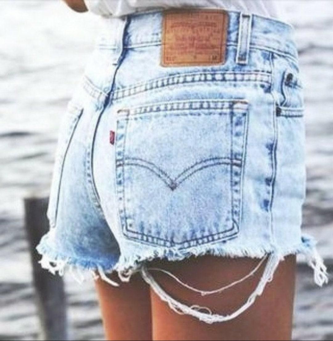 Джинсовые шорты на полных девушках фото