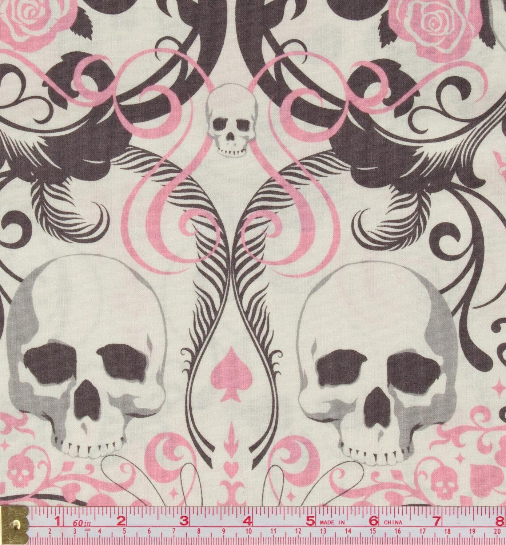 1m x Alexander Henry - Regent Skull - Pink