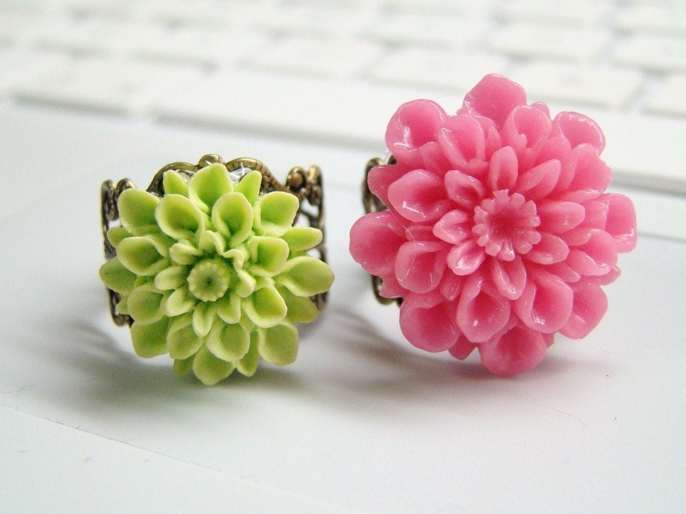 Penelope - Bubble Gum Pink Flower Ring - FREE SHIPPING