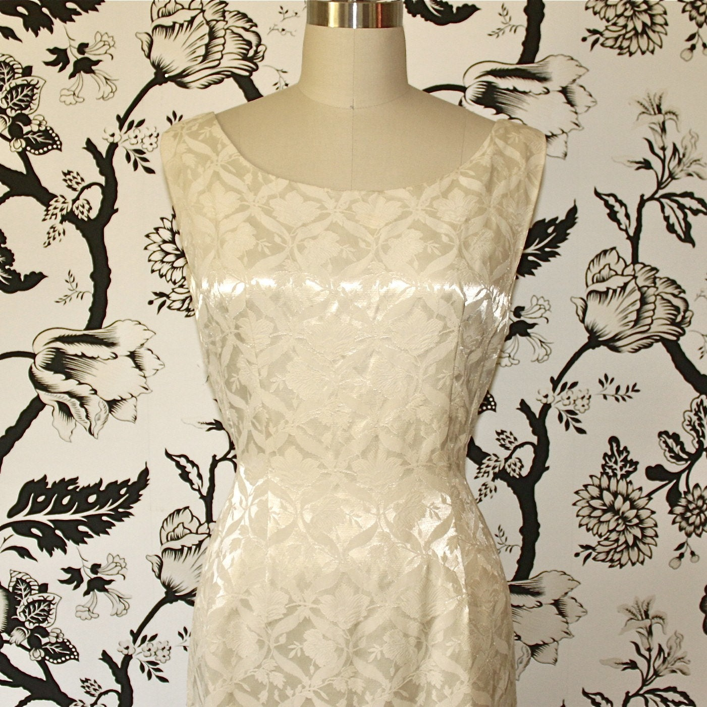 1960s white CREAM brocade WIGGLE dress