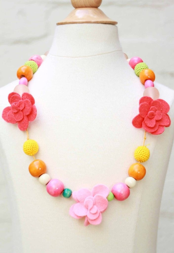 girls handmade bead and flower necklace