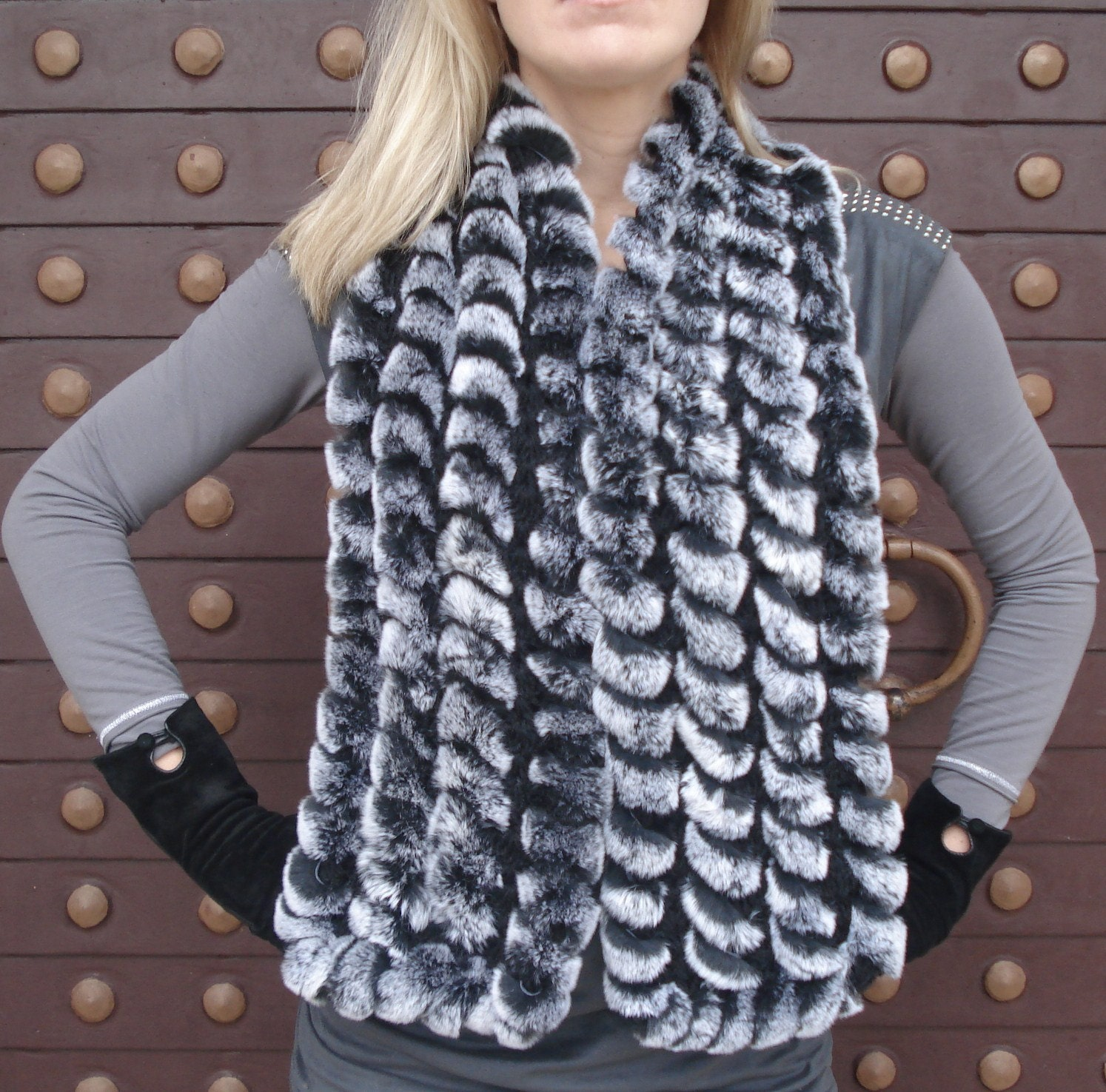 Knitting pattern to make a Scarf from Fun Fur yarn