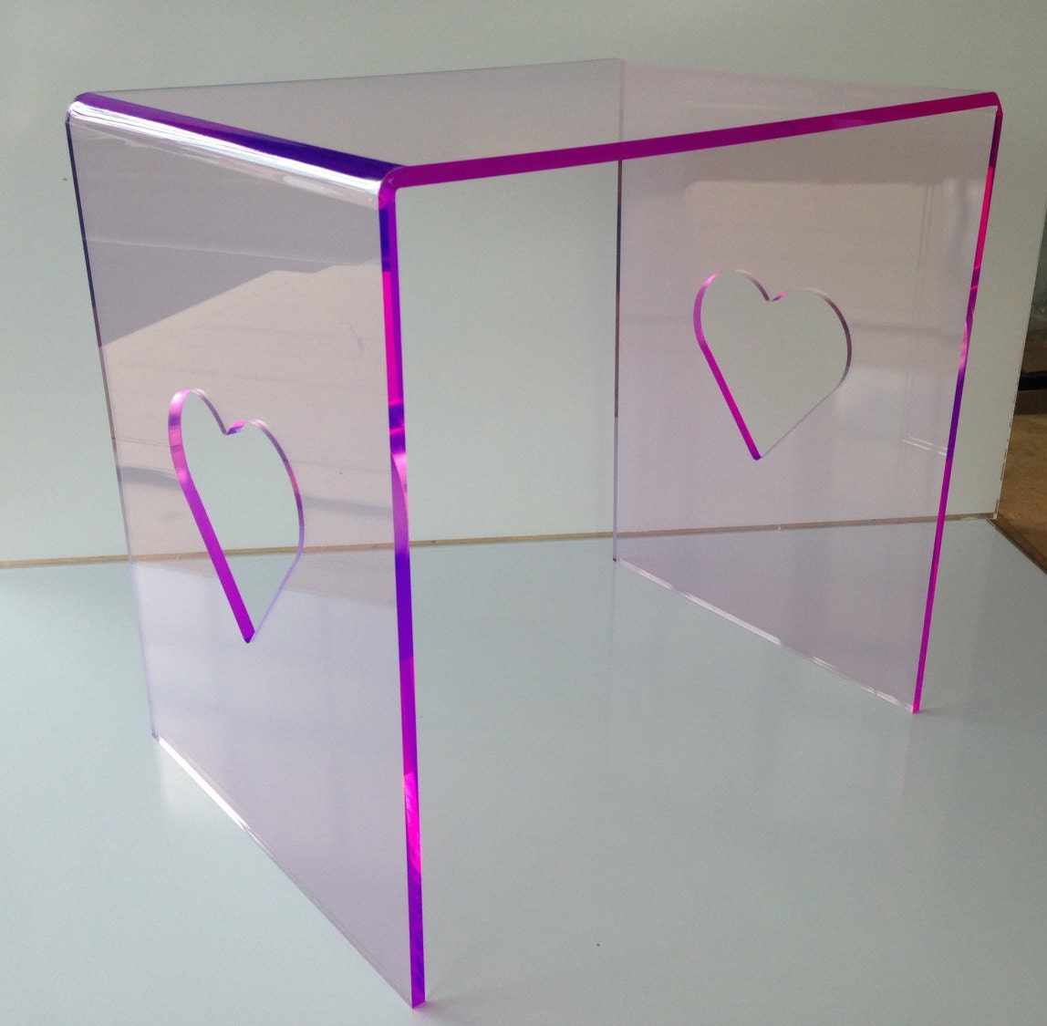 8mm Pink Purple Edge Lit Acrylic Plastic Coffee Table With Heart Cut Out for Girls Boys Bedroom Bedside Table