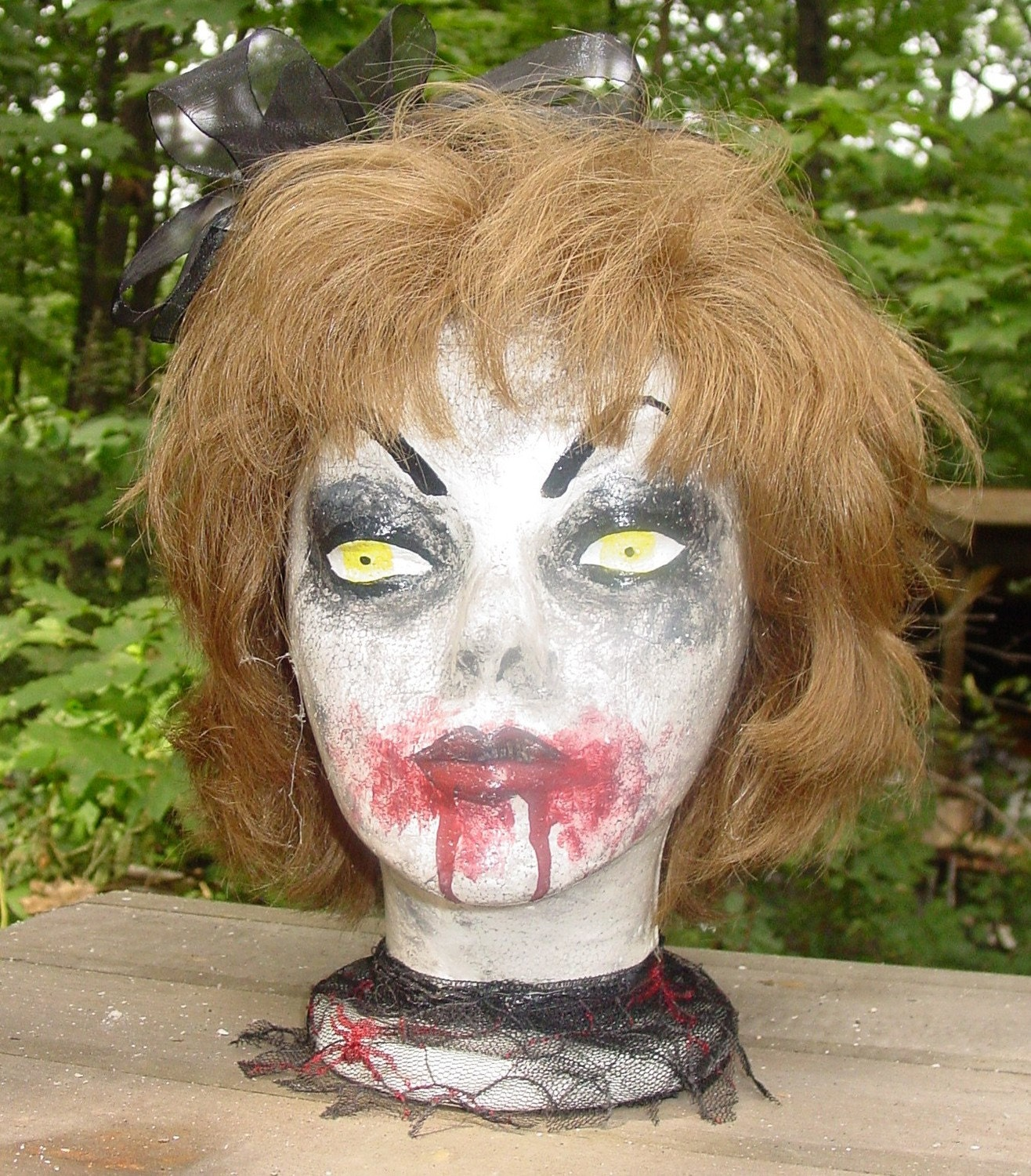 Halloween BLOODY horror vintage  Styrofoam  head with real human hair