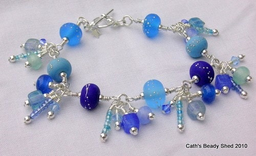 This bracelet moves beautifully when worn and sparkles like the sea!