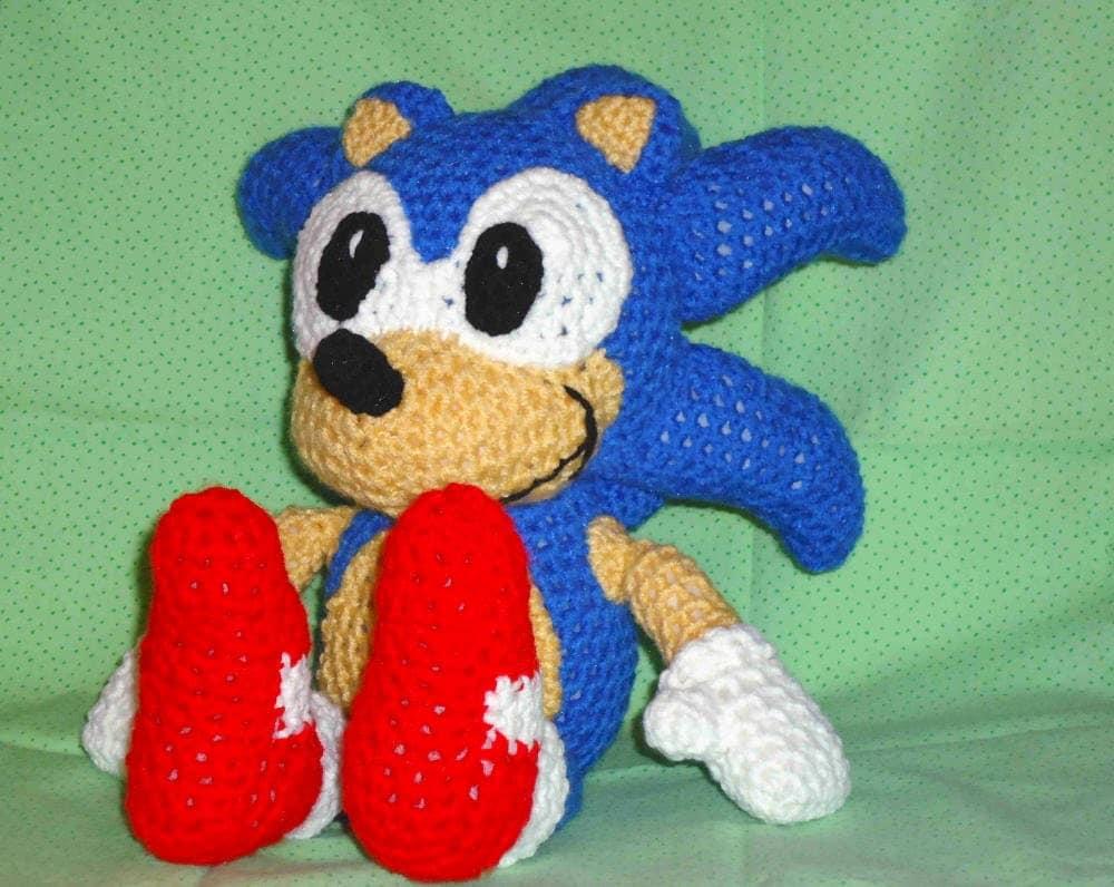 Knitting Pattern Sonic Hedgehog : crochet Sonic PDF pattern crochet amigurumi by JBcrochetwizard