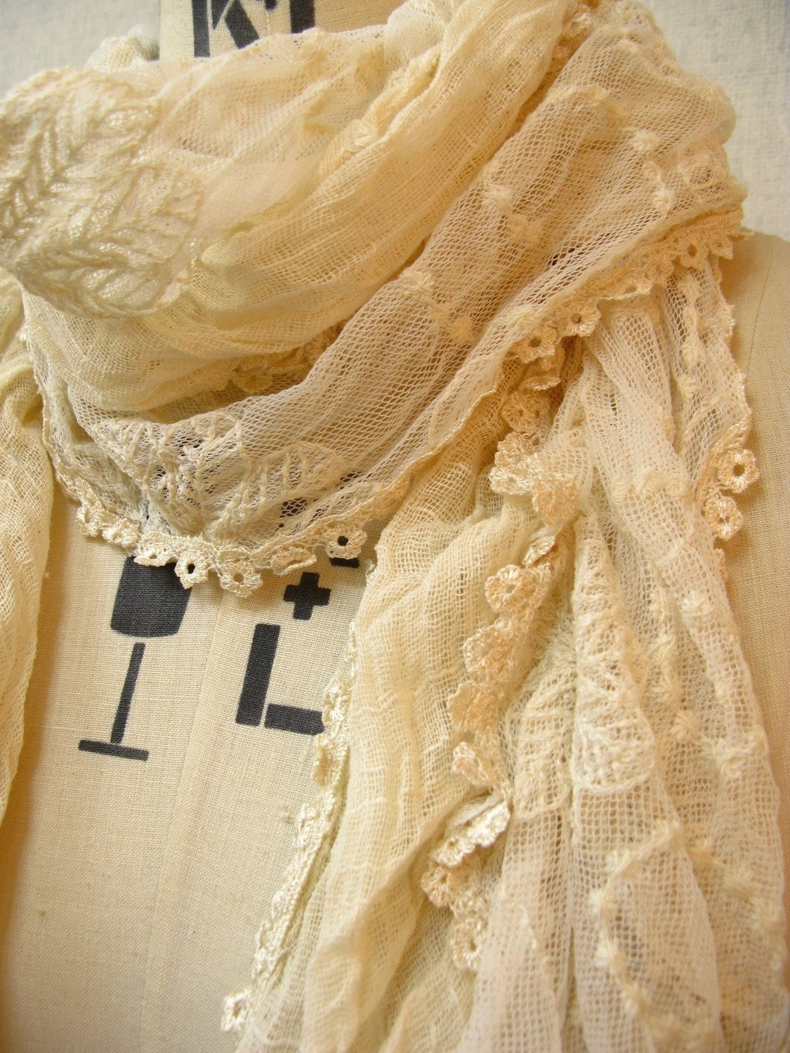 The Summer Crinkle Cotton with Lace Trimming Scarf,Ivory Color