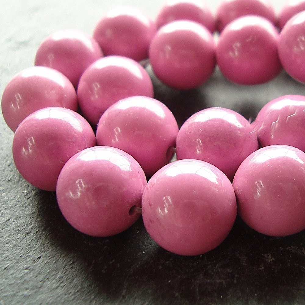 8mm Natural Fuchsia Pink Turquoise Round Beads - 12 Pieces