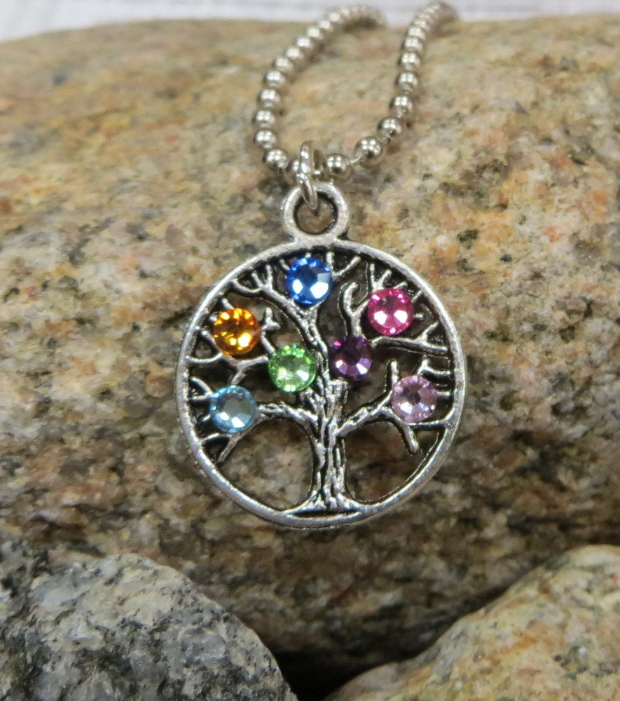 Mom or Grandma Family Tree with Swarovski Crystals - metaltrendsdesigns