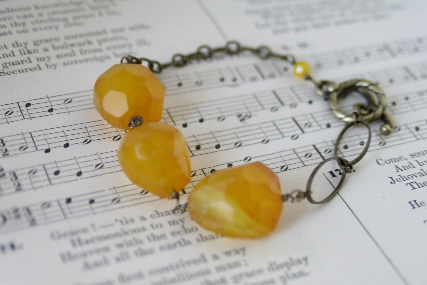 Honey Pot - Yellow Agate and Antiqued Brass Bracelet