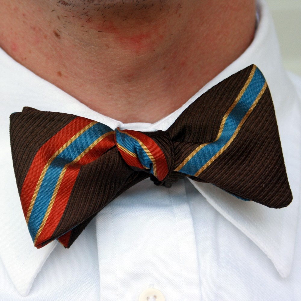 brown stripey freestyle bow tie