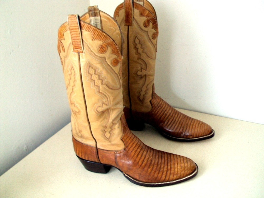 Vintage Mercedes Cowboy Boots size 9.5 or Cowgirl size 11