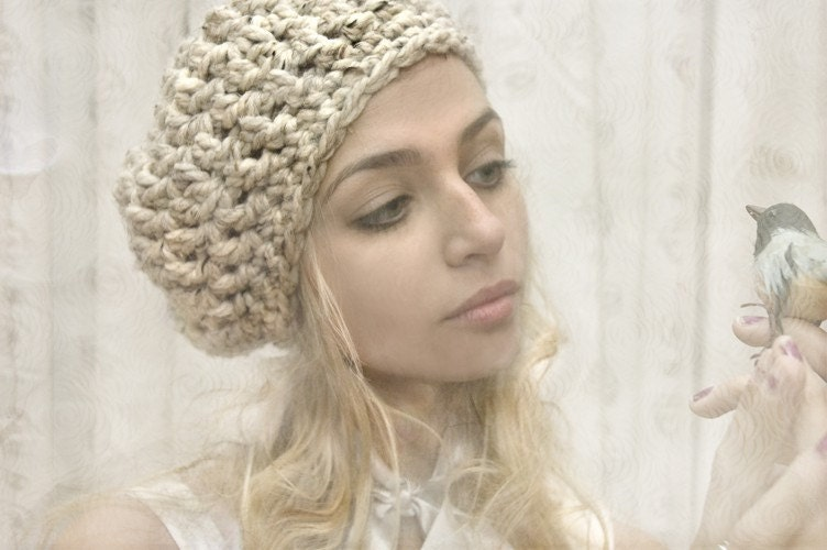 Softspoken Bonnie Parker Beret in Oatmeal