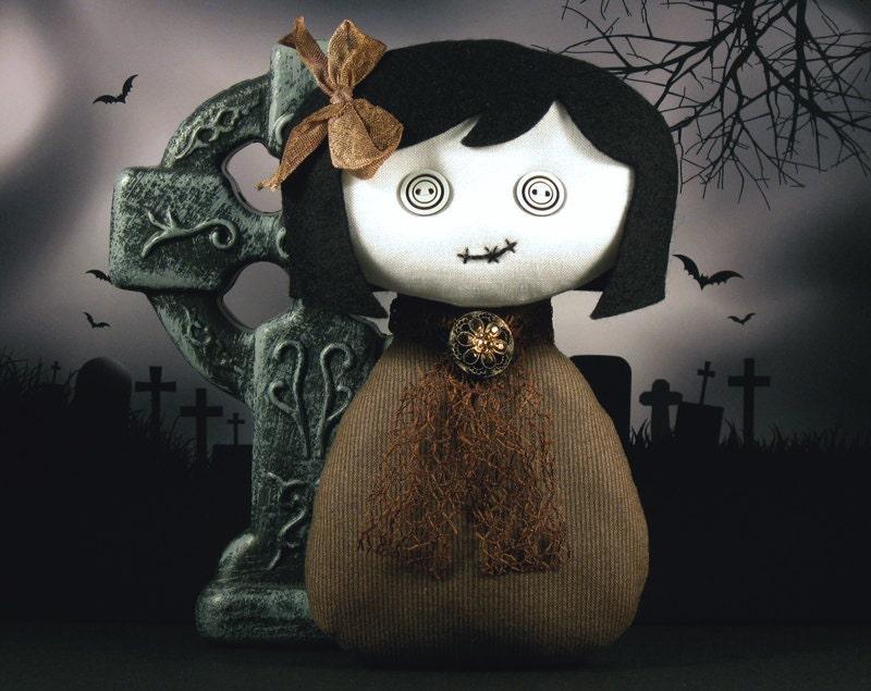 Hannah - Victorian Gothic Ghost Art Doll