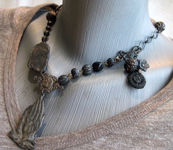 Lover of the Demented. Fossil and Assembled Blacks Necklace.