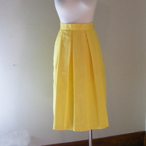 yellow skirt vintage 70s a line pleated medium by