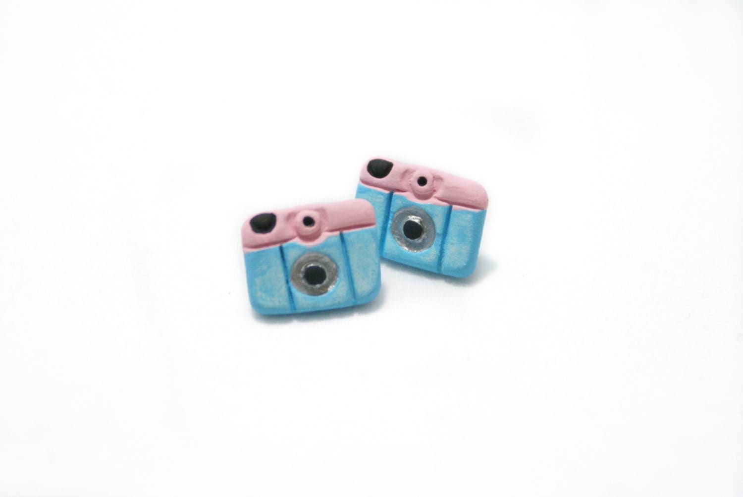 Baby Blue Camera Earrings - SandyArtesanias