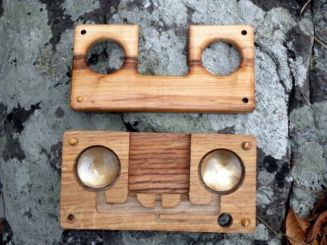 25 Diy Bunk Beds With Plans: Wood IPhone Dock/Amplifier--No Speakers