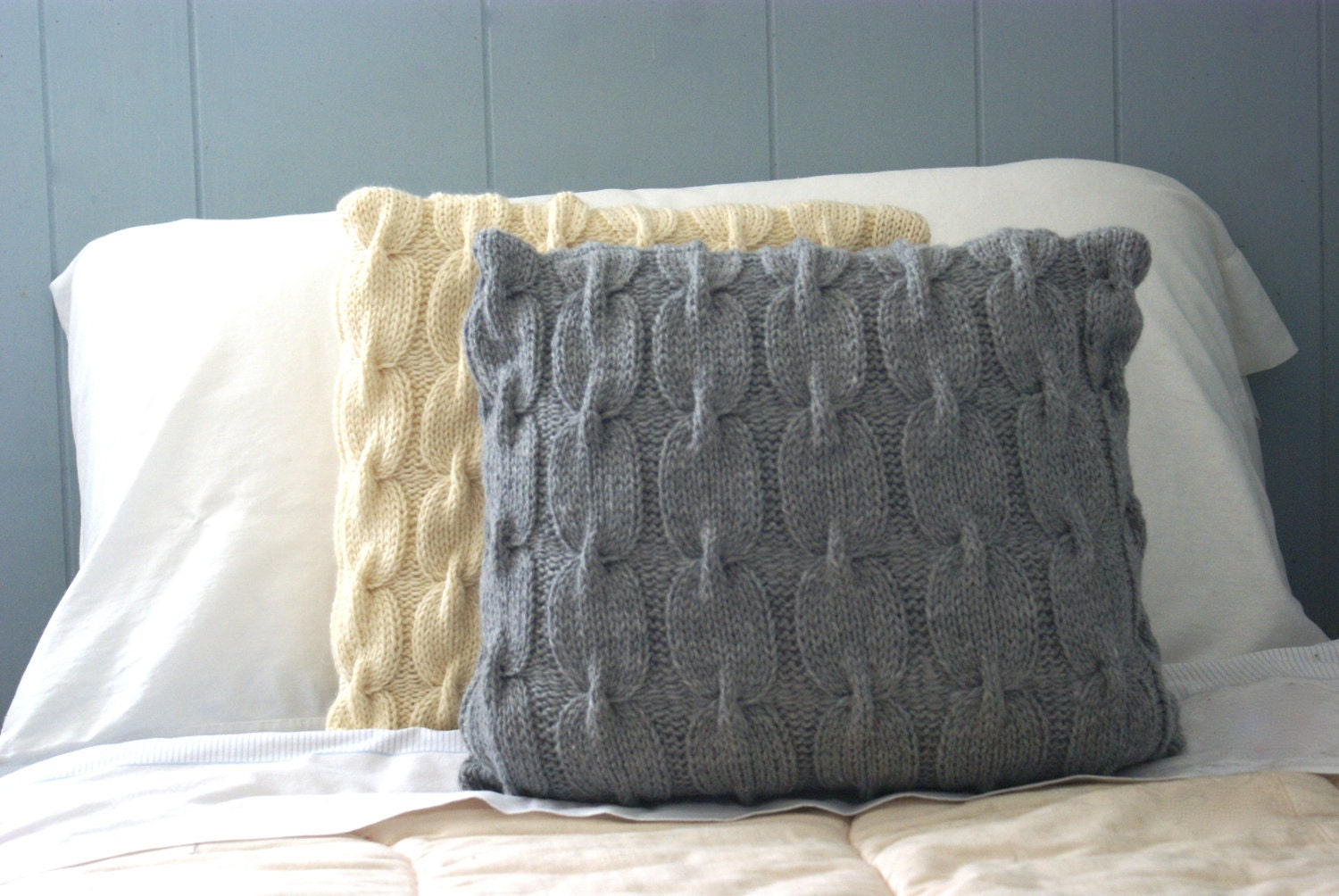 "Chain Link Cable Knit Wool Pillow Sham in Gray - 18"", Sweater Pillow, Throw Pillow, Knit Pillow, Knit Home Decor - PreciousKnits"