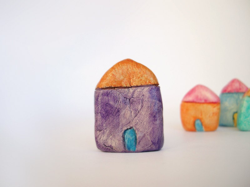 Miniature purple clay house - Colorful tiny home decor - Purple and orange - FishesMakeWishesHome