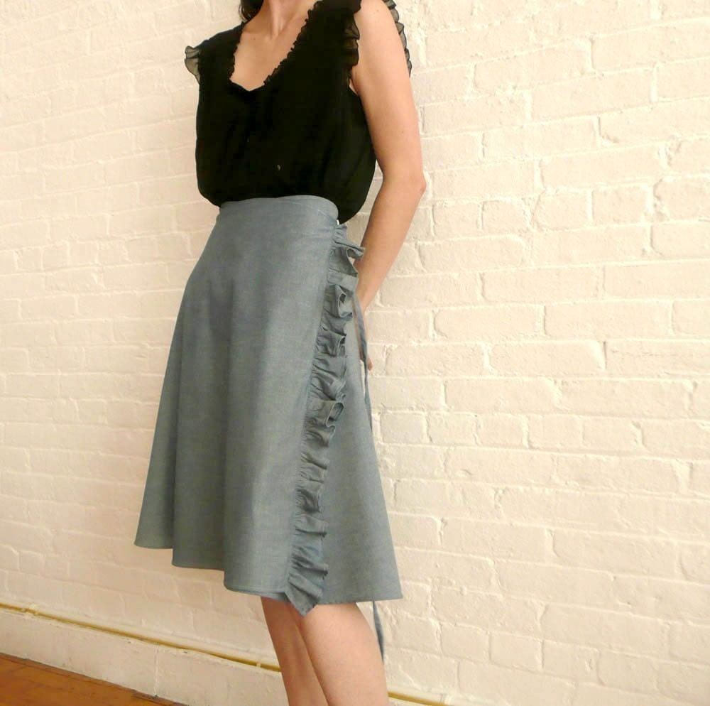circle wrap skirt....ruffle in blue
