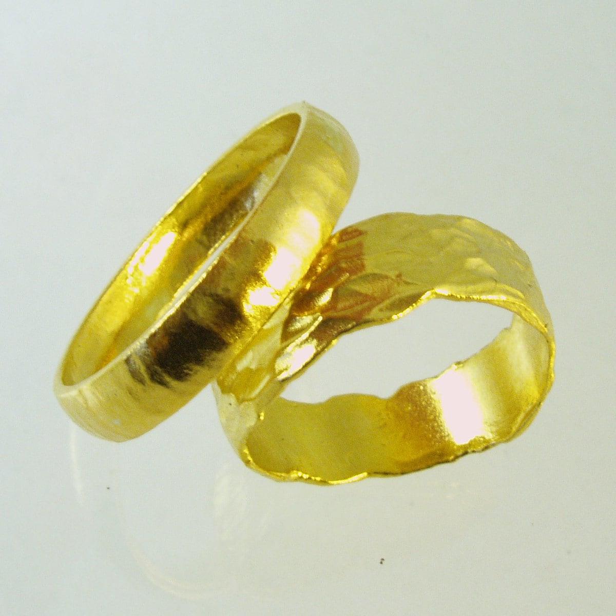 set of pure solid gold wedding bands 24 karat solid gold. Black Bedroom Furniture Sets. Home Design Ideas