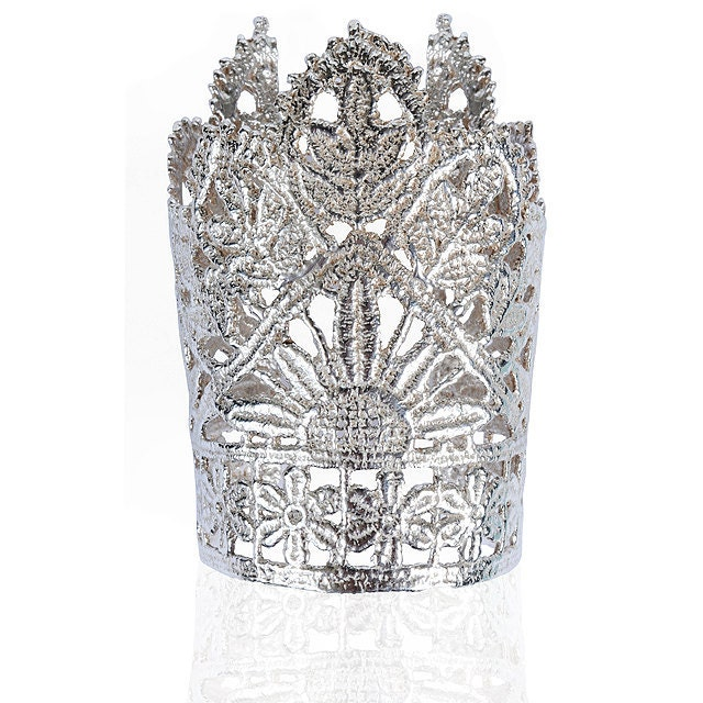 Lace Silver Crown Cuff - JulietSutton