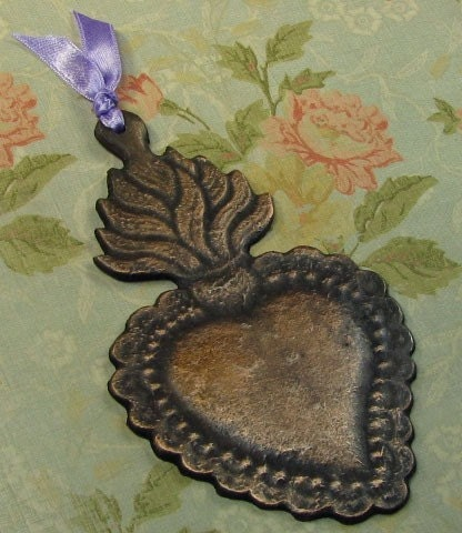 NEW-- SPECIAL EDITION//// FANTASTIC MEXICAN FOLK ART ANTIQUED PATINA EXTRA LARGE FLAMING HEART MILAGRO