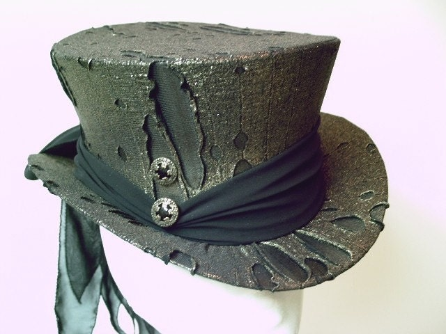 Top Hat Gold Black Spectacularly Gothic and Steampunk