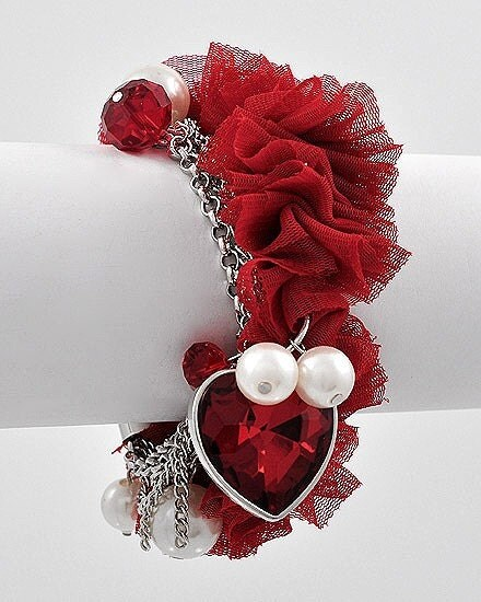 Valentine Sale----- Receive extra %20 off------lovely Queen------Victorian Style Pearl,Mesh and crystal Bracelet-----------FREE SHIPPING within USA for a limited time.