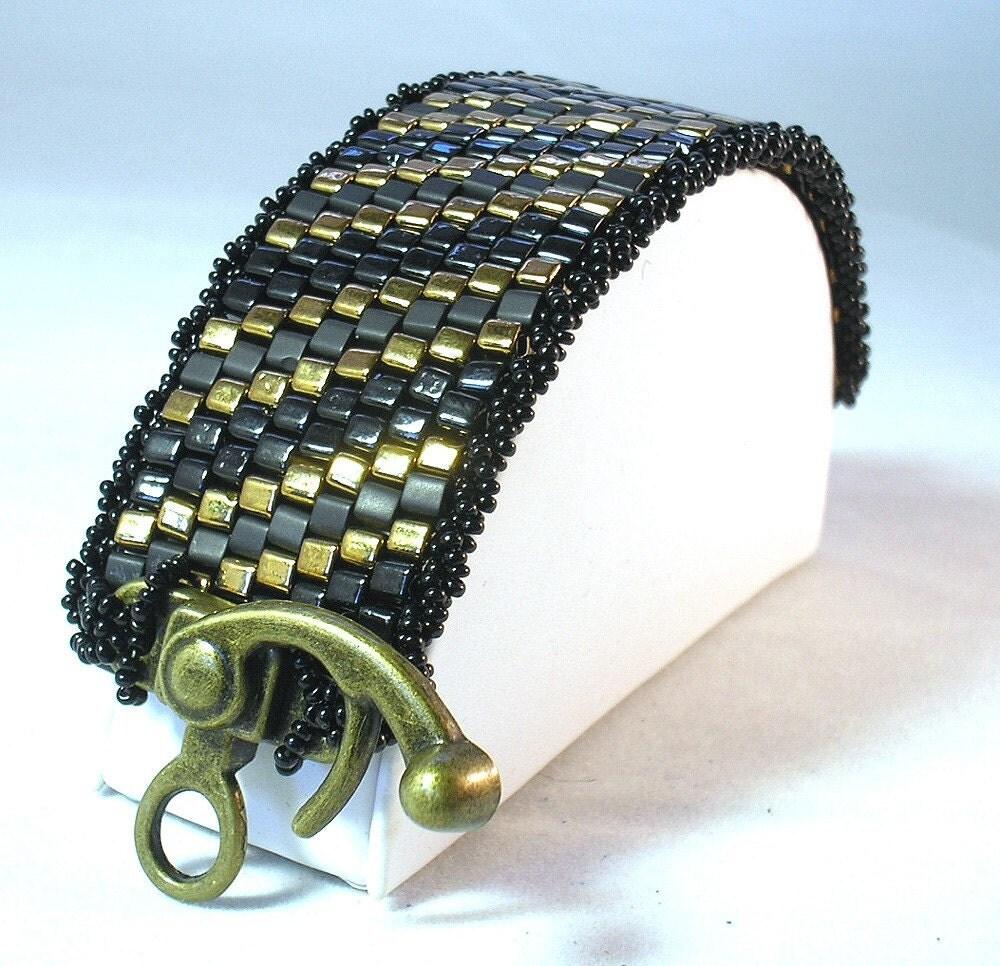 Chunky Cubes Beadwoven Steampunk cuff Bracelet Tutorial peyote stitch