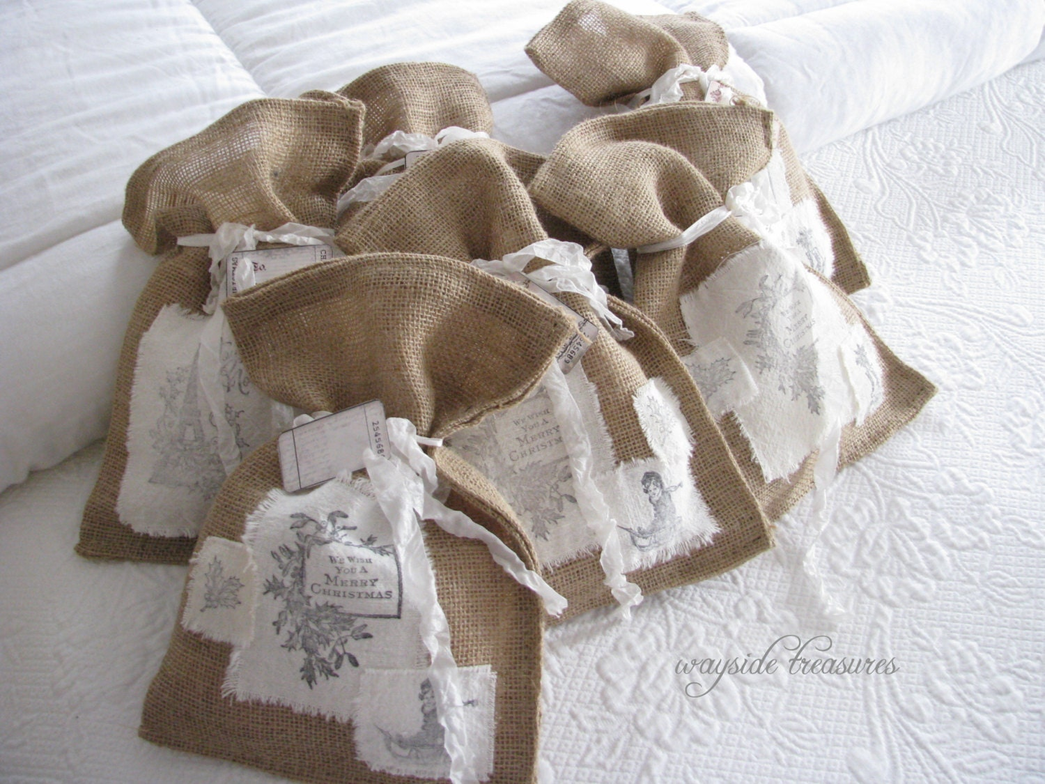 Burlap gift bags or christmas decor by waysidetreasures on for Decorative burlap bags