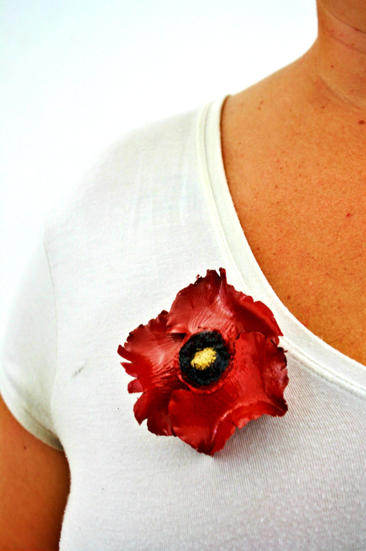 Palm Tree Crimson Red Poppy Flower Hair Clip Pin Natural Eco Friendly Rustic Boho - GitanaDeLaPlaya