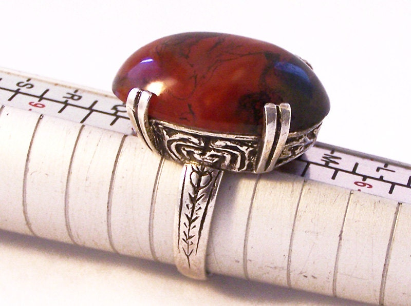 Vintage Silver Glass Ring Red Ring Celtic Silver Ring Red Faux Agate Silver RingSize O Size 7.5