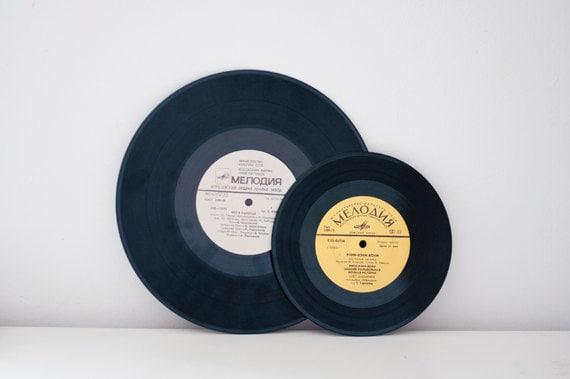 Vintage vinyl records - set of 2 - CuteOldThings