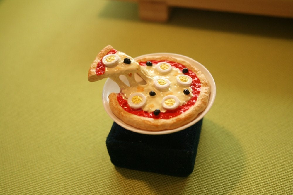 Le petite pizza ring