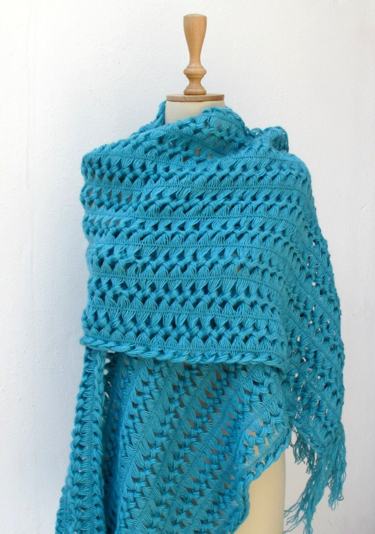 Crochet Wrap : CROCHETBUTTERFLY: Hairpin Crochet Shawl Scarf Wrap Turquoise