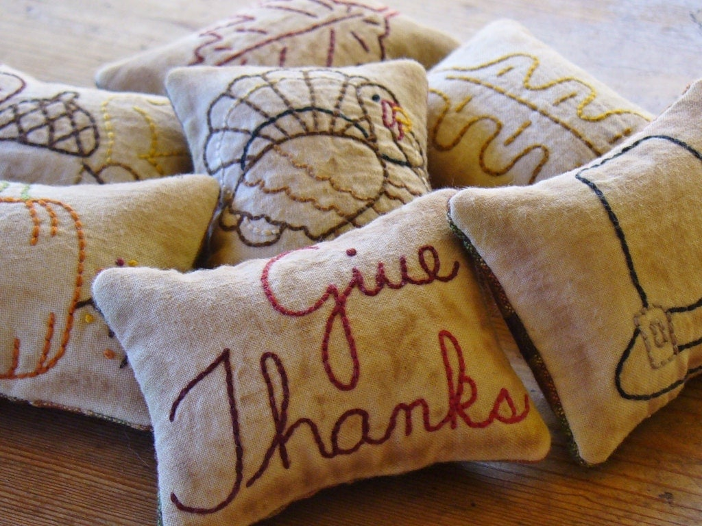 Thanksgiving - Bowl Fillers - Tucks - Ornies - Pillows - Give Thanks - Turkey - Home Decor - Primitive
