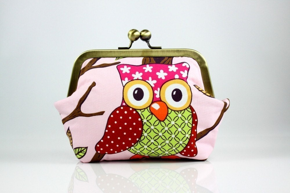 Hoot hoot OWLs on tree -6 inches Frame Purse