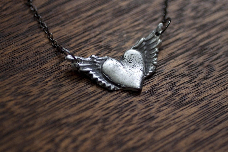 wings. - truche
