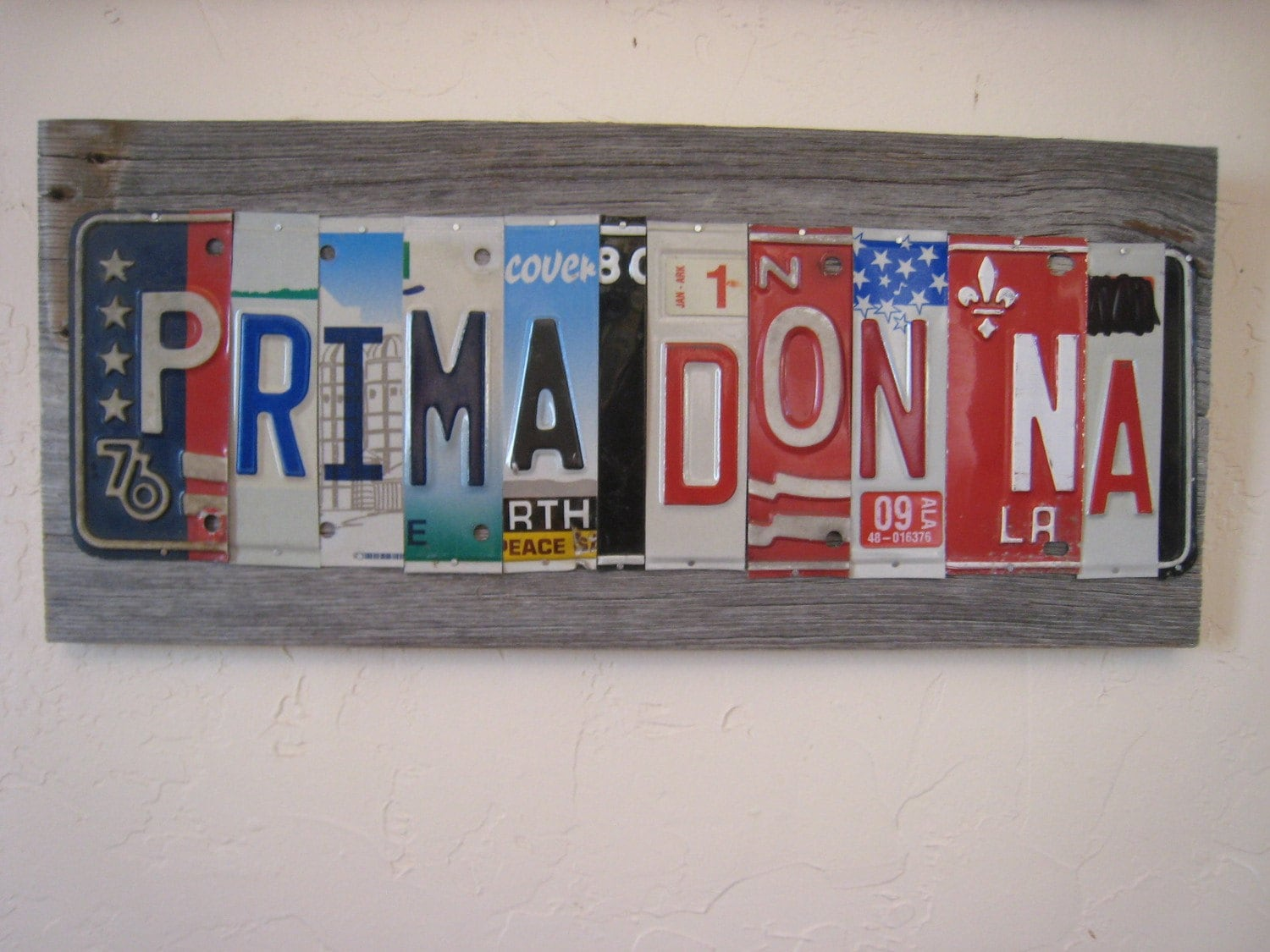 Prima Donna upcycled recycled license plate art sign Italian opera DIVA fleur de lis STAR red blue mounted on barn wood tomboyART OOAK