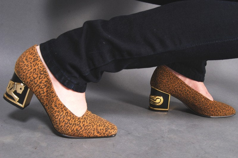 gold cats. high heels. leopard
