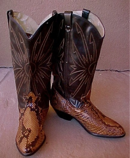 Vintage  Snake and Brown Leather Dingo Cowboy Cowgirl Western Boots Size 6  Never  Worn
