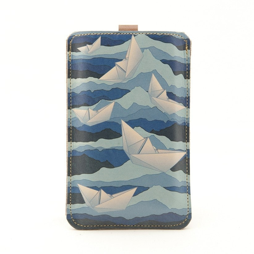 Leather iPhone/iTouch/HTC (Desire/Mozart) Case  - Ocean and paper boats