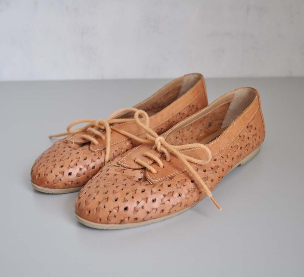 Vintage WOVEN Leather Oxford Flats by MariesVintage on Etsy from etsy.com