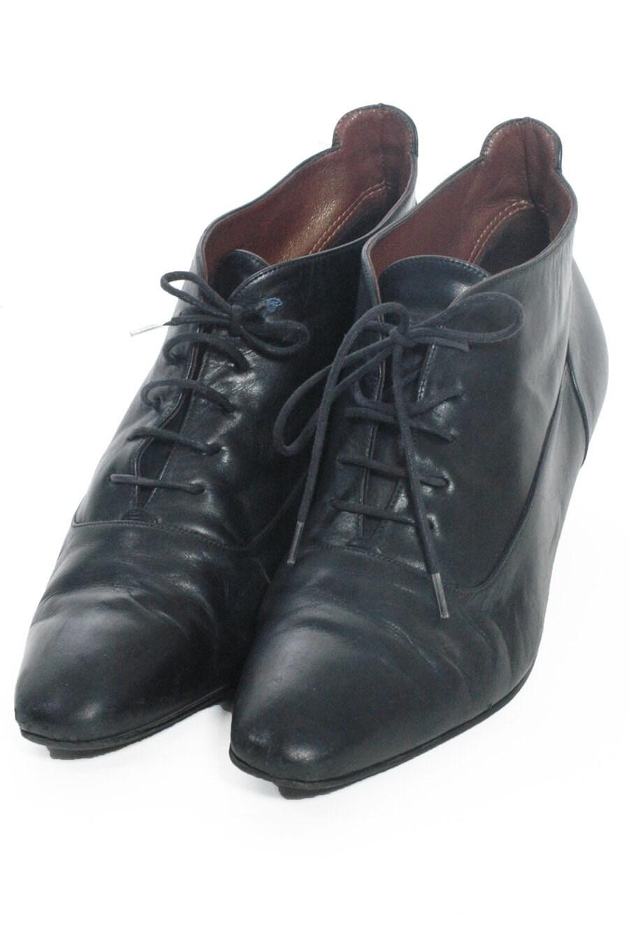 Vintage Black Leather Lace Up Ankle Boots 6 www.brickvintage.com