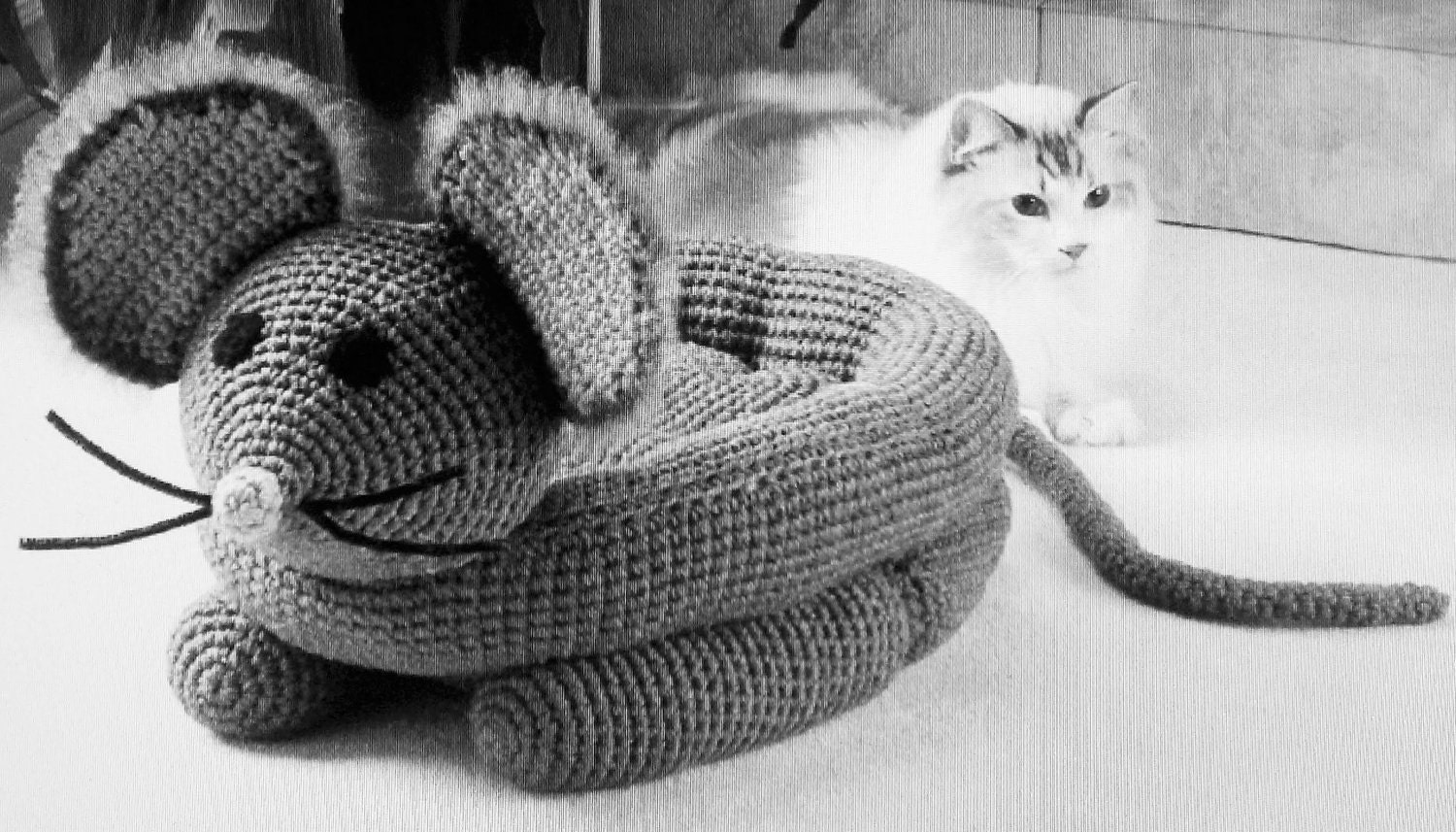 Mouse Pet Bed Crochet Pattern Automatic PDF by VintageEtsian