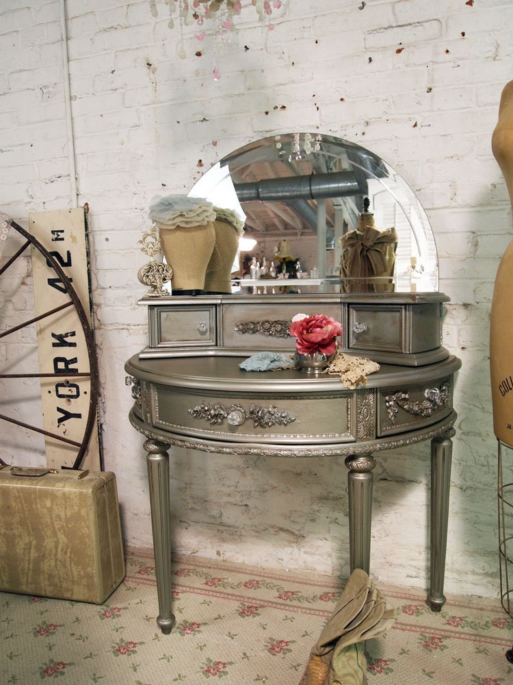 Painted Cottage Chic Shabby Silver Slipper Romantic Vanity